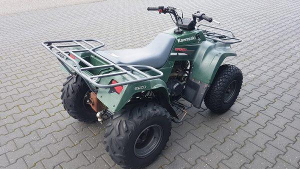 Kawasaki KLF 250cc landbouwquad